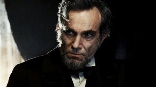Day-Lewis as President Abraham Lincoln