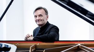 Pianist Stephen Hough (Photo from bbc.co.uk)